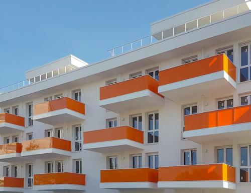 Elegant und sicher – Die Geländersysteme von Lumon für Balkone und Balkonfassaden
