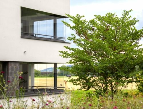 Wie Balkonverglasungen die Umwelt schützen